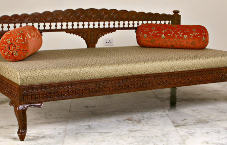 Diwans (Day Beds) / Diwan Sets