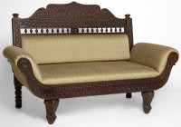 Traditional King Design LoveSeat